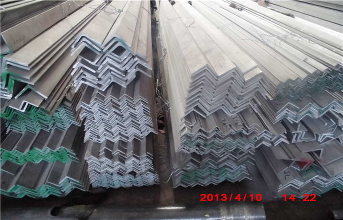 Cold drawn , Hot rolled Stainless Steel Angle Bar / stainless steel unequal angle